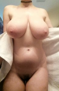 frau nackt grosse titten