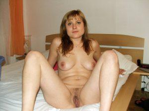 russin beine breit nacktfoto privat
