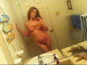 selfie reife frau nackt