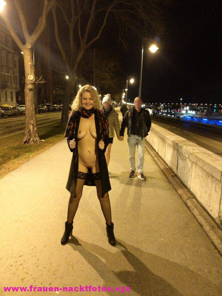 Ehefrau Nude In Public Flashing Sexy Wife Amateur